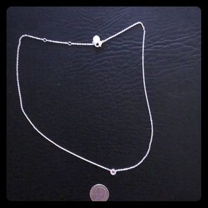 NWOT Stella and Dot silver disc necklace!